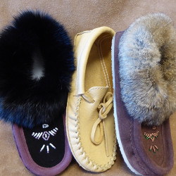 moccasins_and_slippers