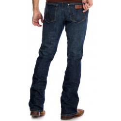 Wrangler Men's Retro Relaxed Boot Cut Stretch Jean